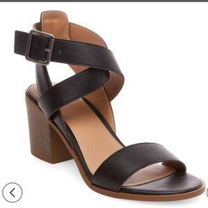 NWT Merona 'Lindsay' Sandal Block Heels
